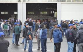 Binlerce Petrol İşçisi İş Bıraktı: Türkiye Petrolleri Küçültülemez!